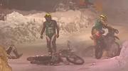Show les courses moto sur glace !