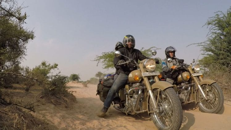 ROAD TO RAJASTHAN   ► LE ROAD TRIP MOTO ABSOLU