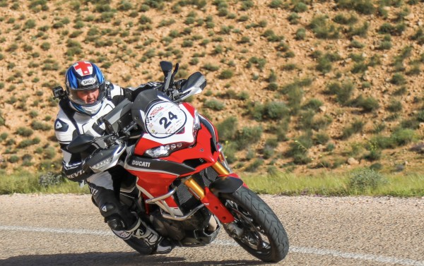 MOTO TOUR SERIES TUNISIE ► DUCATI 1260 PIKES PEAK ► FAIRE MENTIR LA SCIENCE